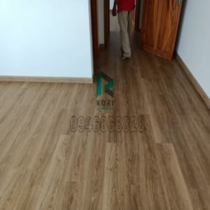 Sàn nhựa dán keo giả gỗ Bạc Liêu
