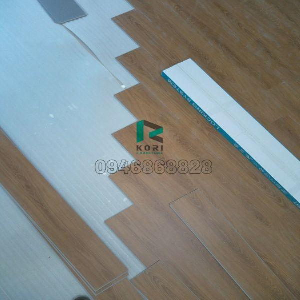 Sàn nhựa giả gỗ Bình Dương