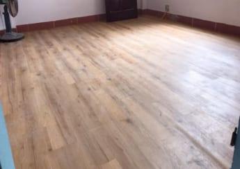Sàn nhựa hèm khóa giả gỗ Bình Định
